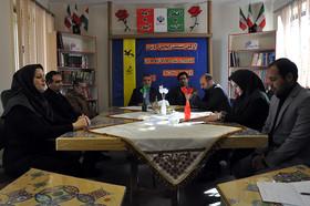 نخستین نشست انجمن ادبی در مرکز شماره ۲ کانون مشکینشهر