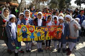 نگاهی به جشن «چهل برگ انقلاب» در مرکز شماره ۱۵ کانون تهران