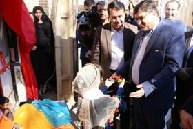 آیین افتتاح کتابخانه سیار کانون  پرورش فکری کودکان و نوجوانان در منطقه لردگان