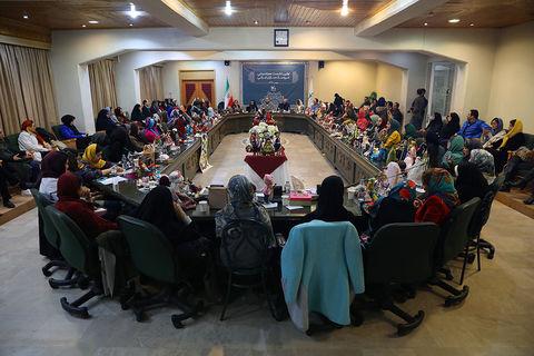 نشست هماندیشی طراحان عروسکهای ایرانی