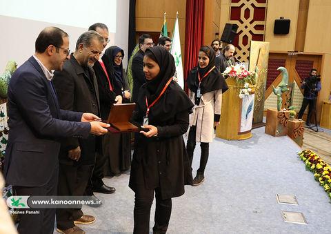 ۲ عضو کانون استان برگزیده مهرواره ادبی آفرینش شدند