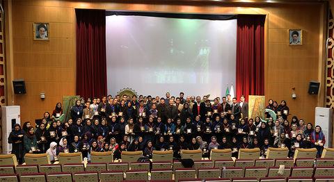 افتخار آفرینی اعضای نوجوان ادبی کانون گلستان در بین چهرههای برجسته عرصهی شعر