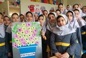 ویژهبرنامههای بزرگداشت روز زن و مقام مادر در مراکز کانون آذربایجان شرقی