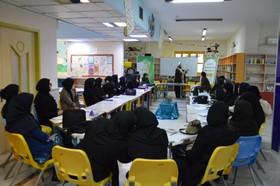 مربیان کرمانشاهی با شیوههای آموزش نماز به کودکان و نوجوانان آشنا شدند