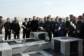 روز بزرگداشت شهدا در جوار شهید گمنام