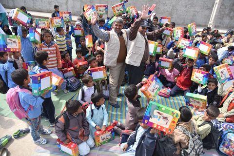 اجرای طرح امداد فرهنگی پیک امید در سیستان و بلوچستان