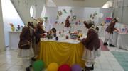 استقبال از عید نوروز با تقدیم هفتسینهای کاغذی به مادران اعضای کانون