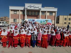 اجرای نمایش «گل اومد ، بهار اومد» برای 3500 کودک روستایی در کانون خراسان جنوبی