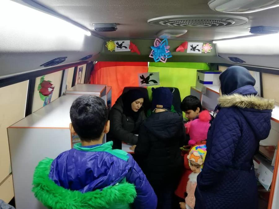 «عیدانه کتاب» در تعطیلات نوروز، با کتابخانههای سیار کانون پرورش فکری آذربایجان شرقی