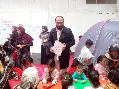 کانون استان اردبیل؛ عیدانه کتاب وامداد فرهنگی به کودکان سیلزده استان گلستان