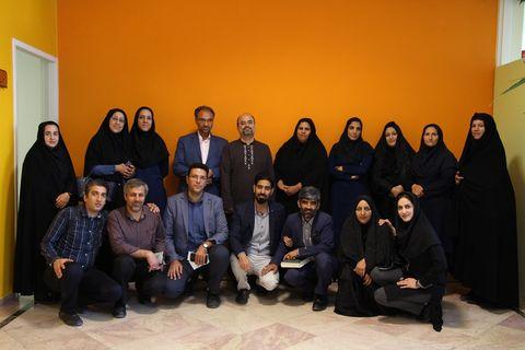 دیدار مدیر کل کانون کرمان با کارکنان کانون زبان ایران