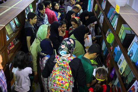 استقبال از غرفه کانون در نمایشگاه بینالمللی کتاب