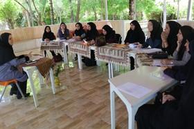 نشست فصلی مربیان ادبی کانون فارس برگزار شد