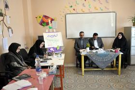 نشست فصلی مربیان ادبی کانون استان اردبیل