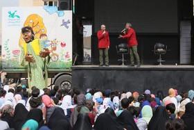 امداد فرهنگی «پیک امید» کانون در مناطق سیلزده پل دختر