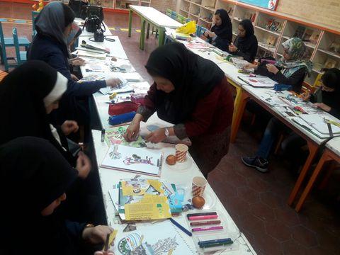 آشنایی با تکنیک فتوکولاژ در انجمن نقاشی اعضای مراکز کانون تهران