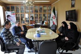 دیدار نویسنده رمان «پشت چله خانه شیخ صفی» با مدیرکل کانون استان اردبیل