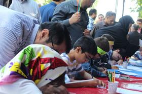 استقبال از غرفههای هنری و ادبی کانون آذربایجان شرقی در راهپیمایی روز جهانی قدس
