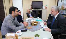 گسترش همکاریهای فرهنگی، محور گفتوگوهای کانون با سفیر اسلواکی در تهران