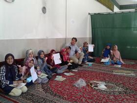 بازخوانی خاطرات امام راحل در کتابخانه سیار روستایی قاین
