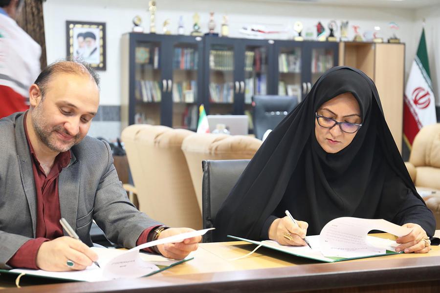 تفاهم نامه همکاری بین کانون پرورش فکری و جمعیت هلال احمر خراسان شمالی