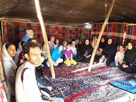 حضور اعضای مرکز شماره ۲ کانون پرورش فکری کرمانشاه در میان عشایر کوچ نشین