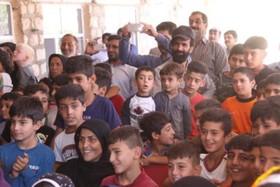 پیک امید کانون استان ایلام در روستای سیل زده چم شیرشهرستان سیروان