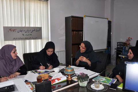 اولین نشست فصلی مربیان و رابطان ادبی در البرز برگزارشد