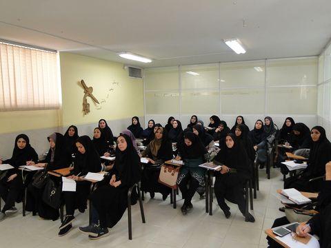 دوره آموزشی تربیت مربی برای کارگاههای سخت کوشی و تلاش