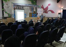 پودمان آموزشی«قصهگویی و داستانسرایی» در کانون گیلان برگزارشد