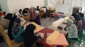 کارگاه آموزشی تولید عروسکهای رومیزی در کانون پرورش فکری یزد از قاب تصویر- تیر98