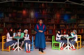 آغاز اجرای نمایش «عمویِ عجیبِ بزرگِ کوچیکِ من» در مرکز تئاتر کانون