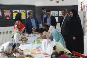 بازدید سید مجتبی حسینیپوررئیس سازمان مدیریت وبرنامهریزی از فعالیتهای تابستانهی مرکز شمارهی یک کانون پرورش فکری یزد- تیر98