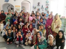 جشن روز دختر در مراکز فرهنگیهنری کانون پرورش فکری سیستان و بلوچستان