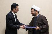 روحانی قصهگو، عضو افتخاری انجمن قصهگویی کانون استان تهران شد