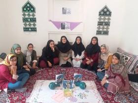 به یاد آذر یزدی در کارگاه ادبی کانون نهبندان