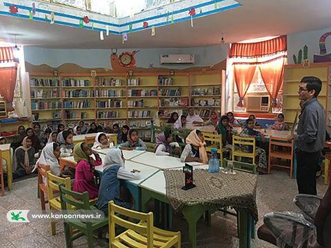 کارگاه تغذیه سالم در مرکز فرهنگی هنری کانون سیریک