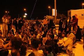 استقبال مردم زاهدان از نخستین اجرای «پویش فصل گرم کتاب»