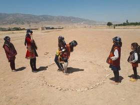 گزارش تصویری از اجرای بازی های بومی محلی در روستای ده باقر خرم آباد