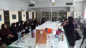 مربیان «فعالیتهای علمی کودکان و نوجوانان» را فراگرفتند