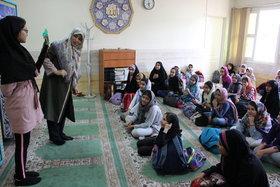 برگزاری کارگاه قصهگویی مربیان کانون تهران برای فرزندان کارکنان ناجا