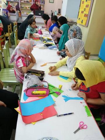 دختران کانون شماره ۹ تهران زادگاه نیاکان خود را نقاشی کردند