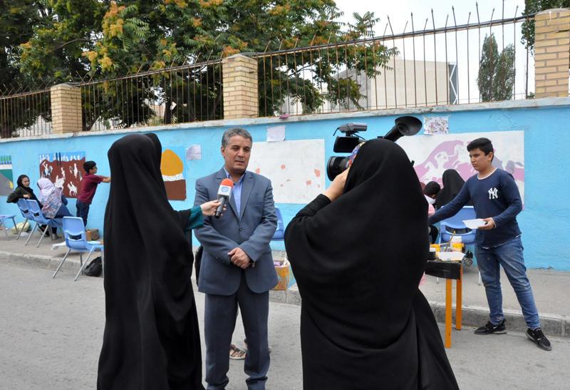 اجرای نقاشی روی دیوار و معرفی  تاریخ صفویان توسط اعضای کانون اردبیل