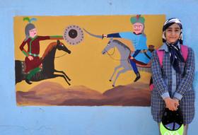 اجرای نقاشی روی دیوار و معرفی تاریخ صفویان توسط اعضای کانون اردبیل- بخش دوم