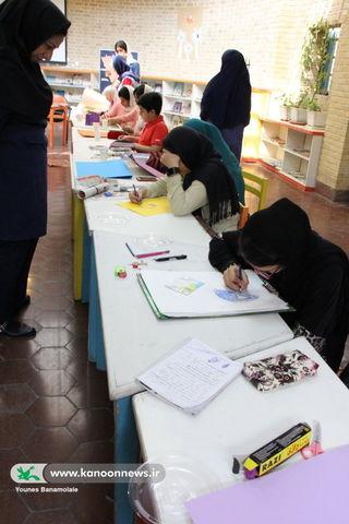 آشنایی با تکنیکهای تخصصی نقاشی در انجمن نقاشی کانون تهران