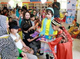 مهمانان از کشور چین در جشن قصه گویی مرکز شماره ۴۱ کانون تهران