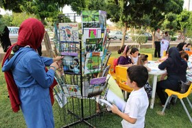 پویش فصل گرم کتاب در سنندج به روایت تصویر