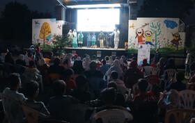 حضور کاروان«پیک امید» و«تماشاخانه سیار» کانون در مناطق کم برخوردار گیلان