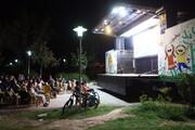 تماشاخانه سیار کانون در اصفهان؛ همزمان با جشنواره فیلمهای کودکان و نوجوانان