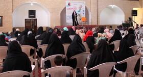 جشن قصهگویی کتابخانهی سیارروستایی یزد و اشکذر، برگزار شد